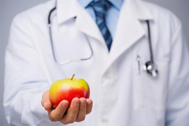 Táo có thể ngăn ngừa ung thư tuyến tiền liệt? - Ảnh 1.