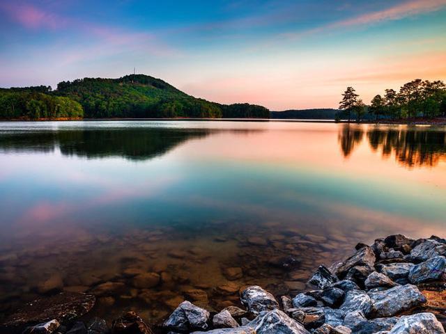 Những hồ nước đẹp mê hồn tại mỗi tiểu bang Hoa Kỳ - Ảnh 10.