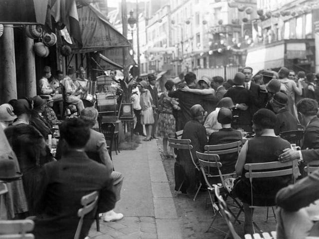Ngắm nhìn xem: 100 năm trước Paris như thế nào? - Ảnh 12.
