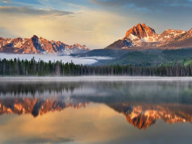 Những hồ nước đẹp mê hồn tại mỗi tiểu bang Hoa Kỳ - Ảnh 12.