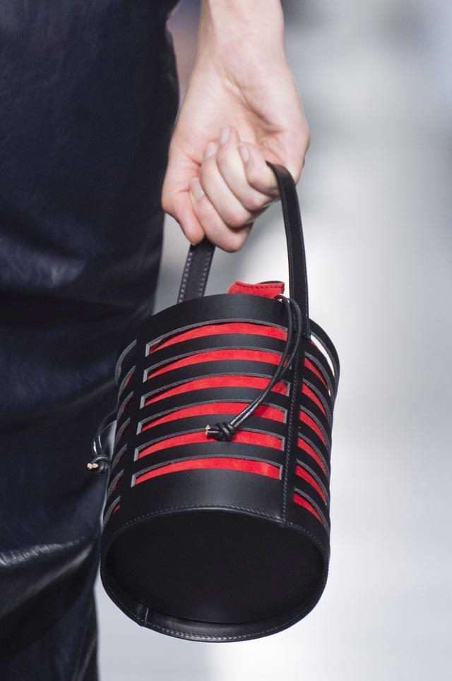 5 kiểu túi không thể thiếu trong tủ đồ mùa hè - Ảnh 3.