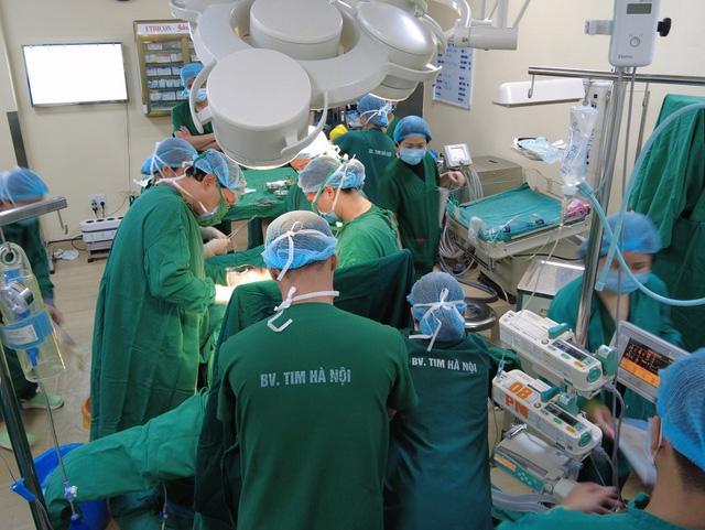 Phối hợp liên viện mổ đẻ thành công cho sản phụ suy tim nặng - Ảnh 1.