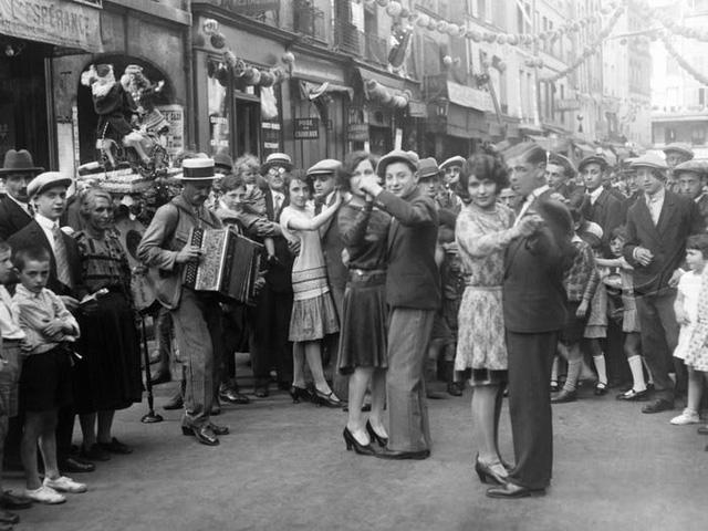 Ngắm nhìn xem: 100 năm trước Paris như thế nào? - Ảnh 13.
