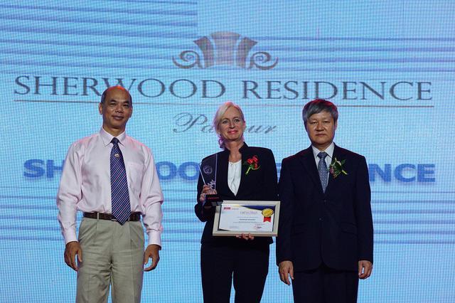 SHERWOOD RESIDENCE ĐƯỢC VINH DANH TRONG Top 100 SẢN PHẨM VÀ DỊCH VỤ HÀNG ĐẦU Việt Nam - Ảnh 1.