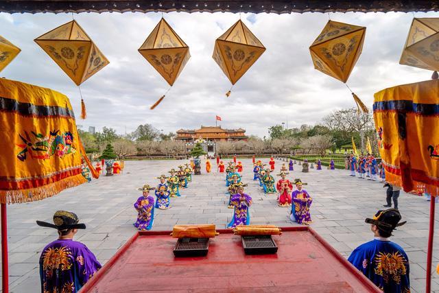 Ngày Xuân thưởng lãm Lễ Nguyên Đán thời Nguyễn mới được tái hiện - Ảnh 4.