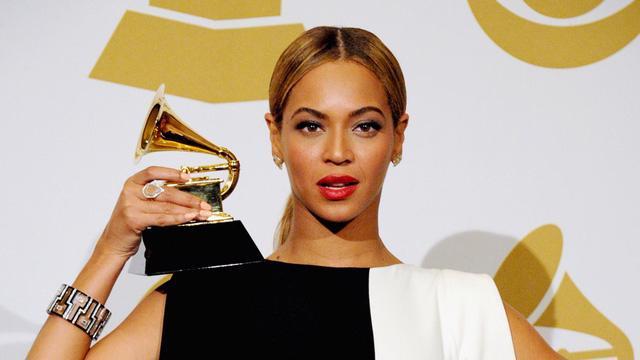 Lễ trao giải Grammy lần thứ 63 sẽ không được tổ chức như dự kiến - Ảnh 1.
