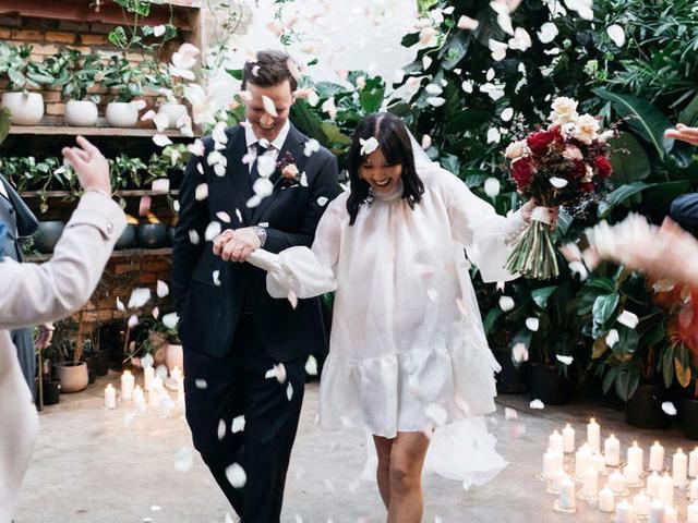 Hành trình chọn váy cưới của một cô dâu người Úc - Ảnh 17.