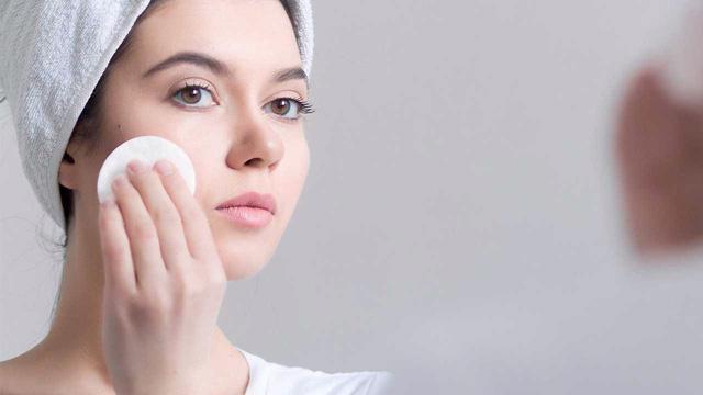 9 mẹo tuyệt vời để có được làn da không dầu tự nhiên - Ảnh 1.
