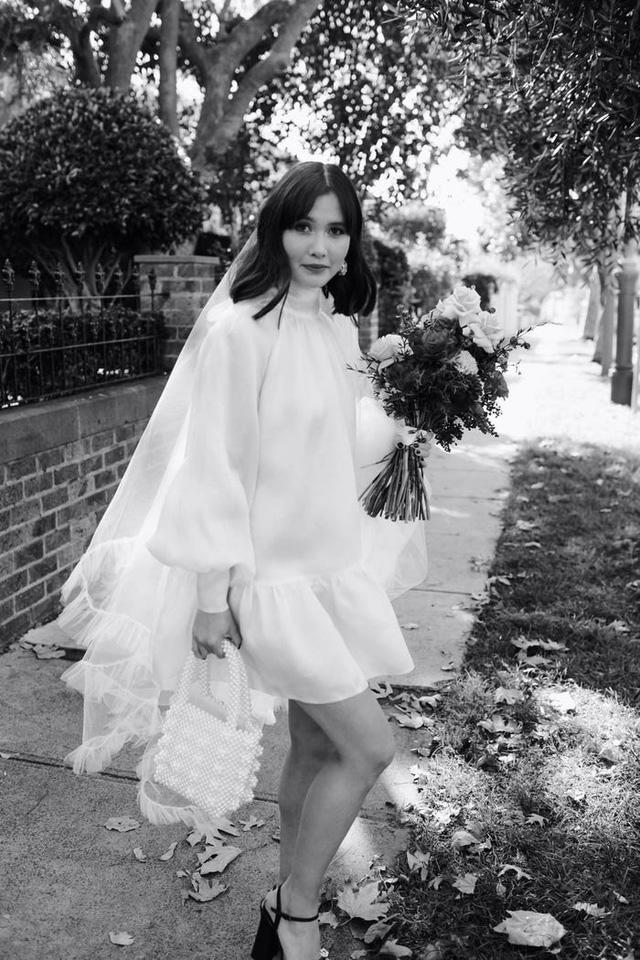 Hành trình chọn váy cưới của một cô dâu người Úc - Ảnh 18.