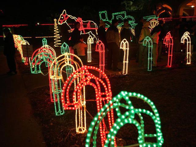 Nước Mỹ: ngắm Giáng sinh muôn màu muôn vẻ - Ảnh 18.