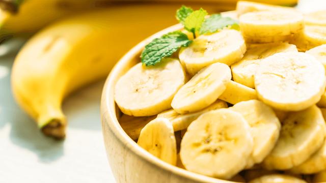 Vì sao chuối có thể giúp giảm cân - và bạn nên ăn bao nhiêu? - Ảnh 1.