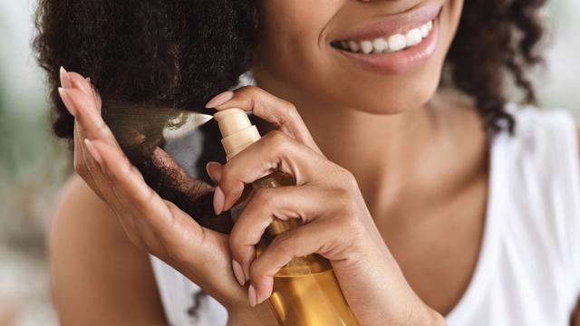 Dầu hướng dương có thể giúp tóc của bạn như thế nào? - Ảnh 1.