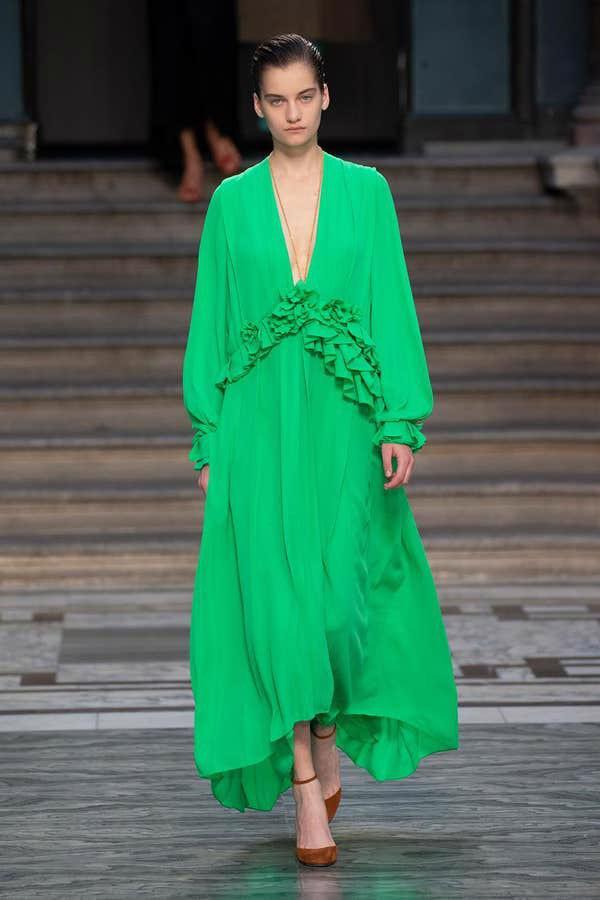 BST mới nhất của Victoria Beckham tại London Fashion Week 2020 - Ảnh 2.