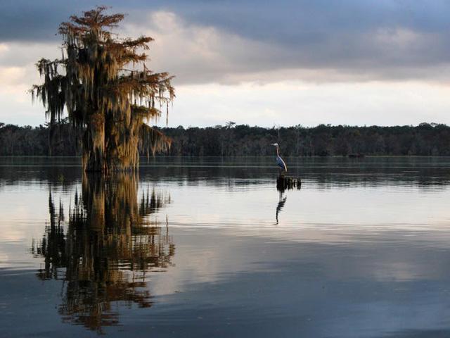 Những hồ nước đẹp mê hồn tại mỗi tiểu bang Hoa Kỳ - Ảnh 18.