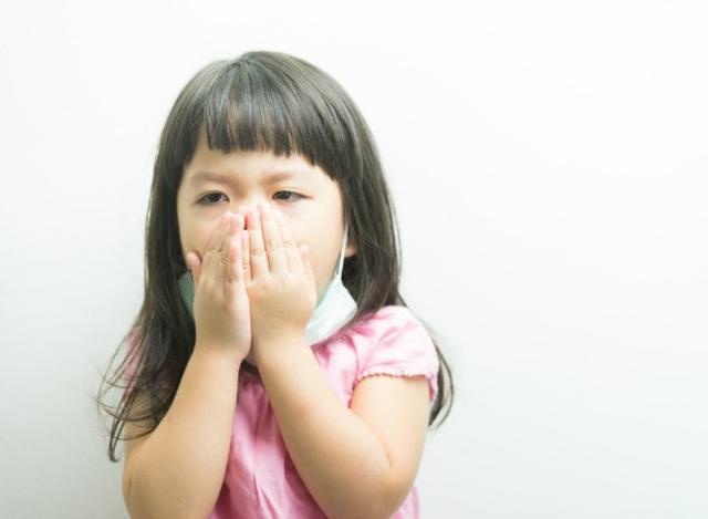 Giúp trẻ phòng tránh 7 bệnh thường gặp khi thời tiết giao mùa - Ảnh 3.