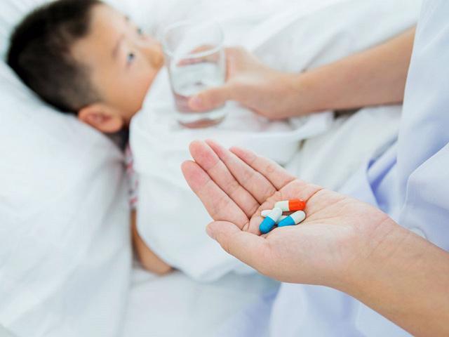 Ba giải pháp kiểm soát kháng kháng sinh ở nước ta - Ảnh 1.