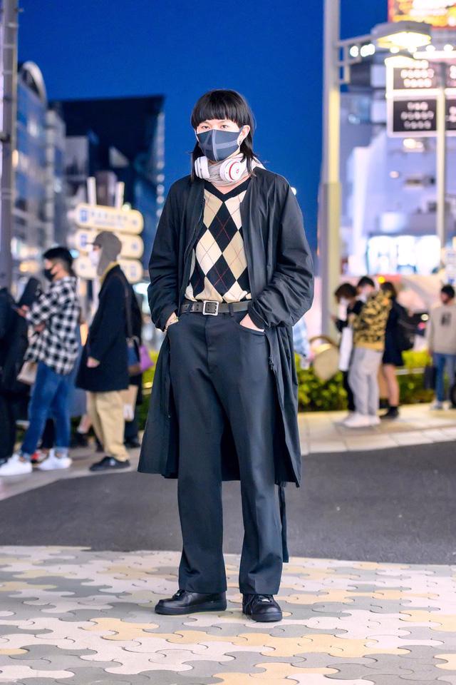 Thời trang đường phố của Tokyo Fashion Week 2021: tinh thần unisex đương đại - Ảnh 3.