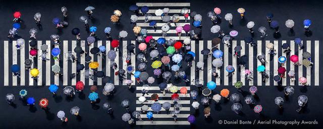 23 bức ảnh chụp từ trên không sẽ đưa bạn đến nhiều nơi trên thế giới - Ảnh 20.