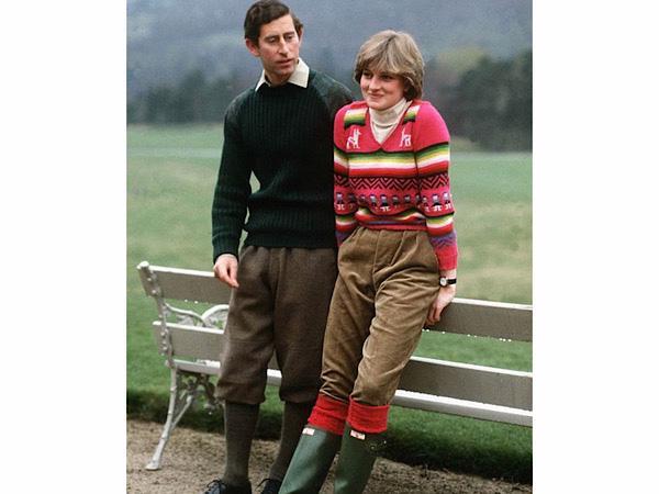 3 mẫu áo len Công nương Diana từng diện giờ đang hot trở lại - Ảnh 2.