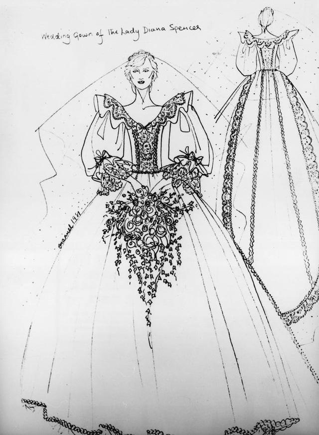 10 điều đặc biệt về chiếc váy cưới của Công nương Diana - Ảnh 2.
