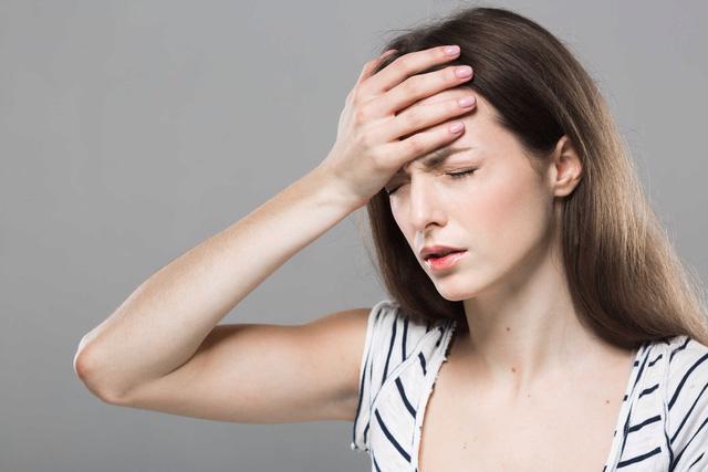 9 dấu hiệu cảnh báo đột quỵ não - Ảnh 4.