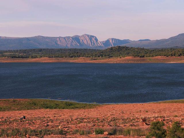 Những hồ nước đẹp mê hồn tại mỗi tiểu bang Hoa Kỳ - Ảnh 31.