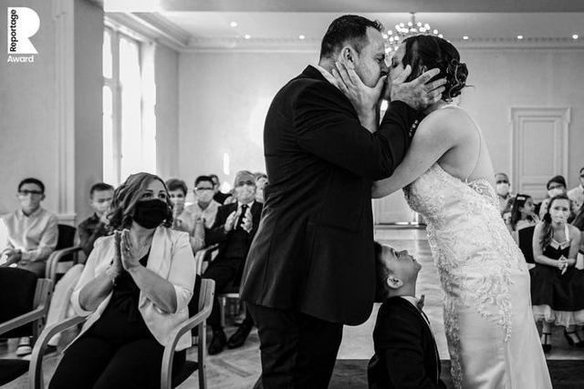 Những bức ảnh cưới ấn tượng nhất năm 2020 - Ảnh 37.