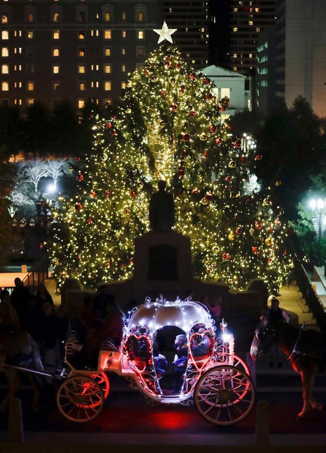 Nước Mỹ: ngắm Giáng sinh muôn màu muôn vẻ - Ảnh 42.