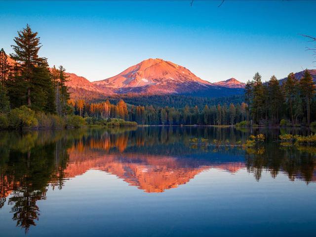 Những hồ nước đẹp mê hồn tại mỗi tiểu bang Hoa Kỳ - Ảnh 5.