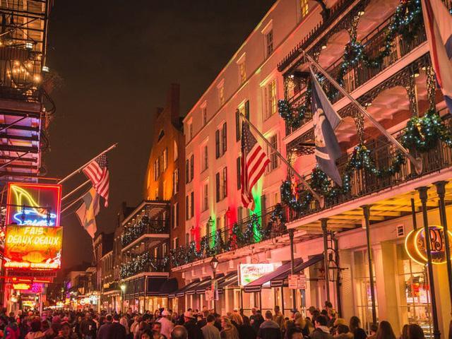 16 địa danh tuyệt vời cho mùa lễ hội cuối năm ở Mỹ - Ảnh 5.