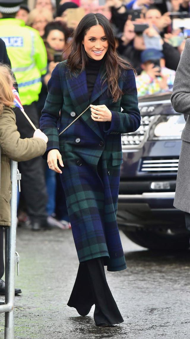 Tham khảo cách diện áo khoác mùa đông của Meghan Markle - Ảnh 5.