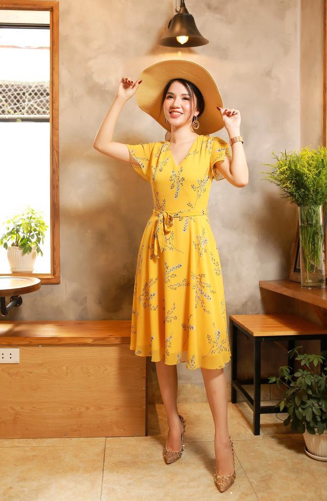 Hanoi & Saigon Fashion: Định hướng phong cách thời trang hè 2019 - Ảnh 2.