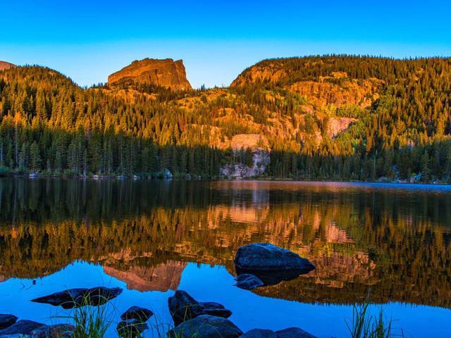 Những hồ nước đẹp mê hồn tại mỗi tiểu bang Hoa Kỳ - Ảnh 6.