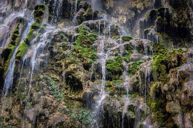 6 trong số những suối nước nóng được yêu thích nhất trên thế giới - Ảnh 6.