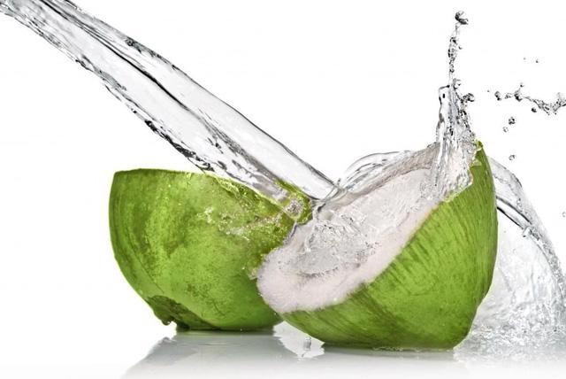 Trái dừa – công dụng tuyệt vời cho sức khỏe - Ảnh 2.