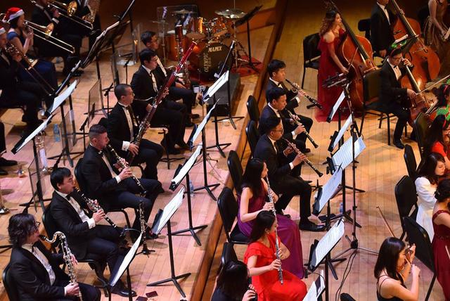 Chào mừng mùa lễ hội cùng Sun Symphony Orchestra - Ảnh 2.