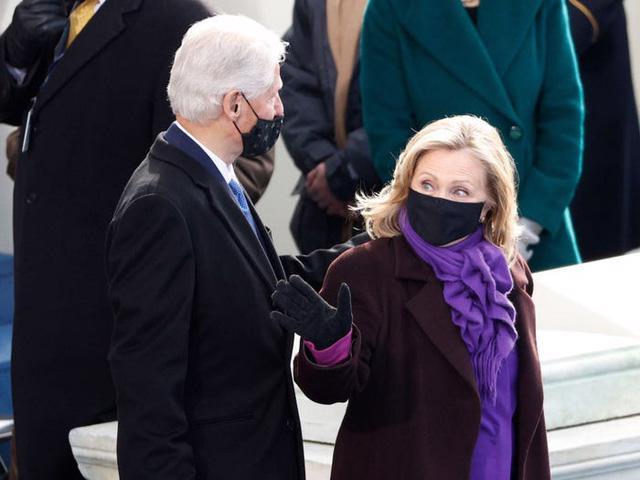 7 chiếc áo khoác đẹp nhất trong ngày nhậm chức của ông Biden - Ảnh 7.