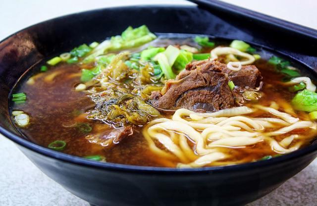 Món mỳ bò tạo nên bản đồ ẩm thực Đài Loan - Ảnh 3.