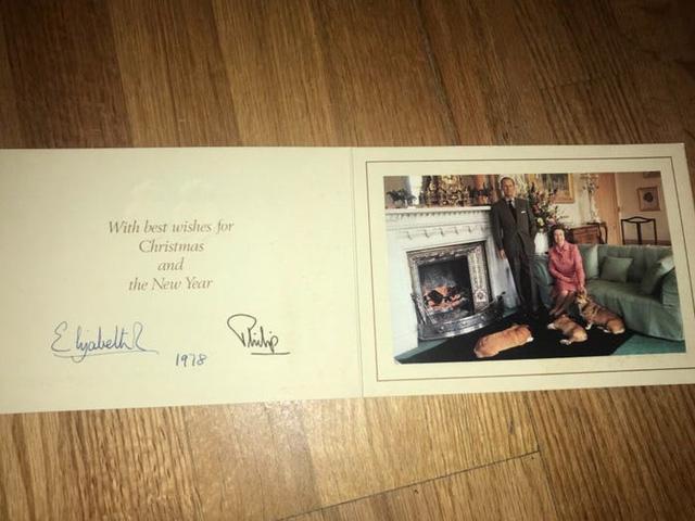 Những tấm thiệp Giáng sinh đẹp nhất qua các năm của hoàng gia Anh - Ảnh 8.