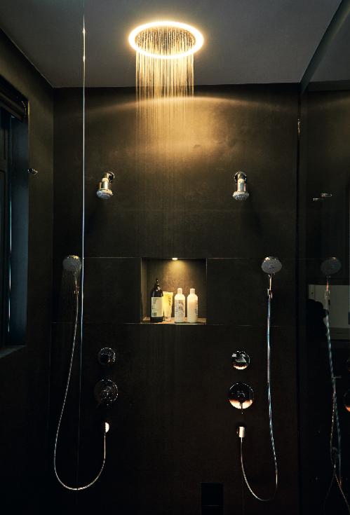 Bí quyết để có một phòng tắm màu đen ấn tượng - Ảnh 2.