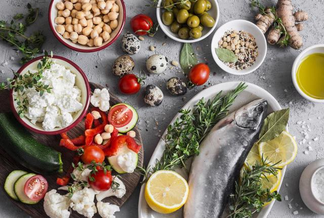 Điều bạn nên biết về chế độ ăn Địa Trung Hải - Ảnh 1.