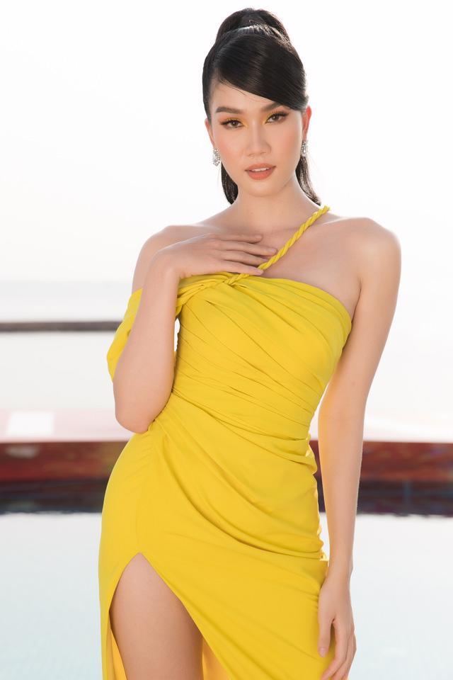 Dàn Hoa hậu, Á hậu tỏa sáng tại Fashion Voyage - Ảnh 5.