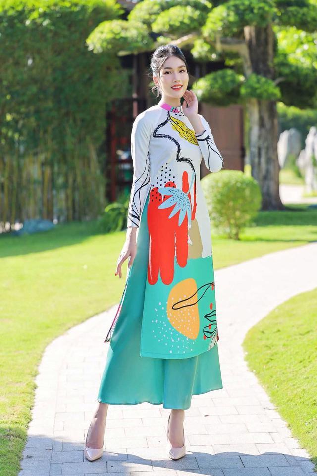 Chọn áo dài Tết cùng hai nàng Á hậu Phương Anh, Ngọc Thảo - Ảnh 4.