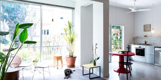 Căn hộ 70m2 không gian mở và phong cách tối giản - Ảnh 1.