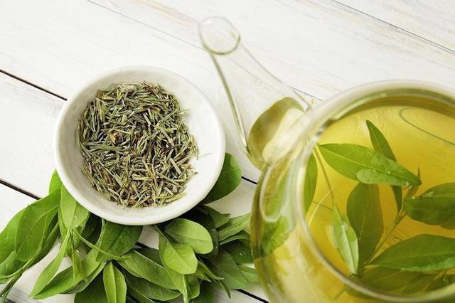 Cách giảm cân bằng trà xanh - Ảnh 1.