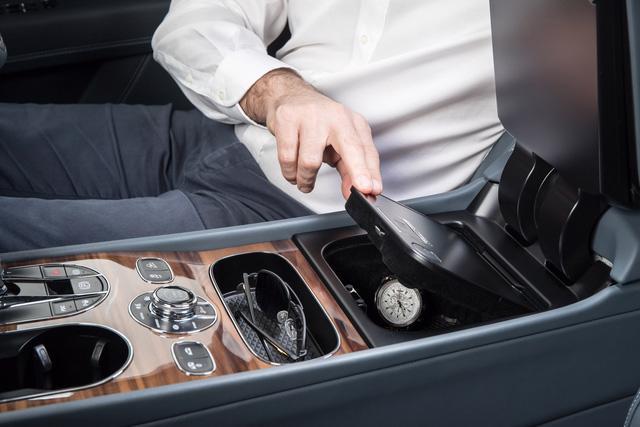 Bentley – sự sang chảnh của một chiếc kính mắt - Ảnh 3.