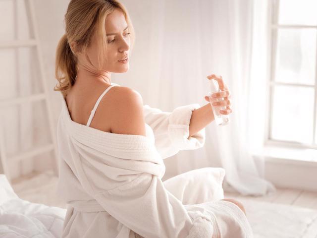 Body mist: chai nước hoa dưỡng thể cho mùa hè - Ảnh 1.