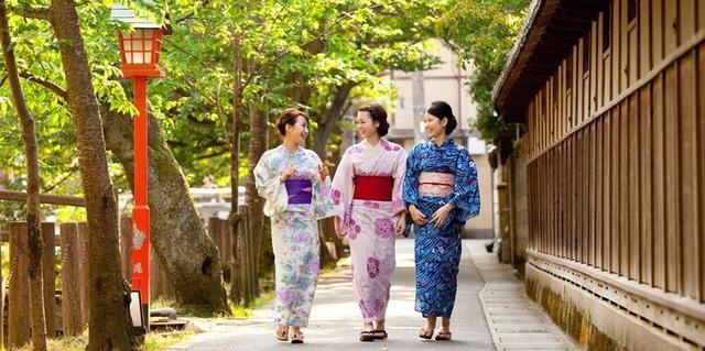 """Ý nghĩa của từ """"Kimono"""" và """"Yukata"""" - Ảnh 1."""