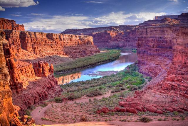 Canyonlands: cánh rừng đá như thuở hồng hoang - Ảnh 2.
