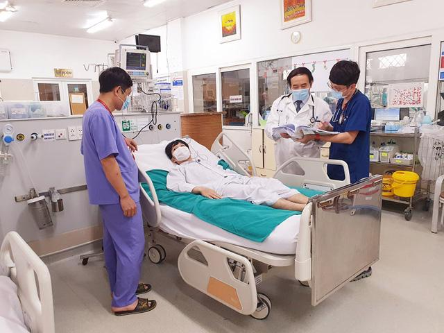 Một bệnh nhân ngừng tim, ngừng tuần hoàn được cứu sống thần kỳ - Ảnh 1.